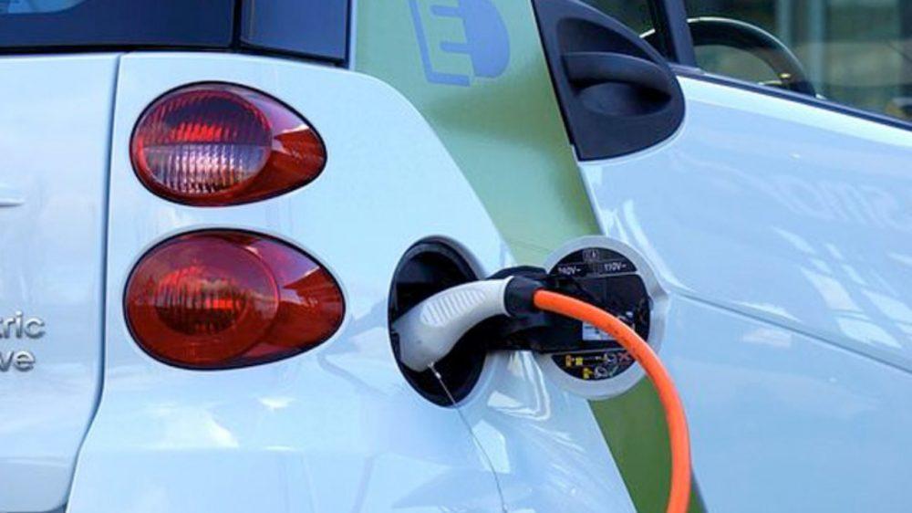 BBVA y Santander ya te financian tu primer auto eléctrico: así podés acceder a sus créditos